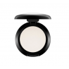MAC CREAM COLOR BASE LUNA